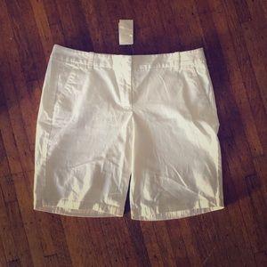 J crew white Bermuda shorts 8